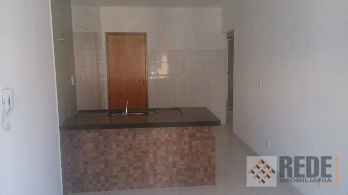 são 07 casas, contendo 03 quartos, sendo 1 suíte, sala de estar, banheiro social, cozinha americana,...