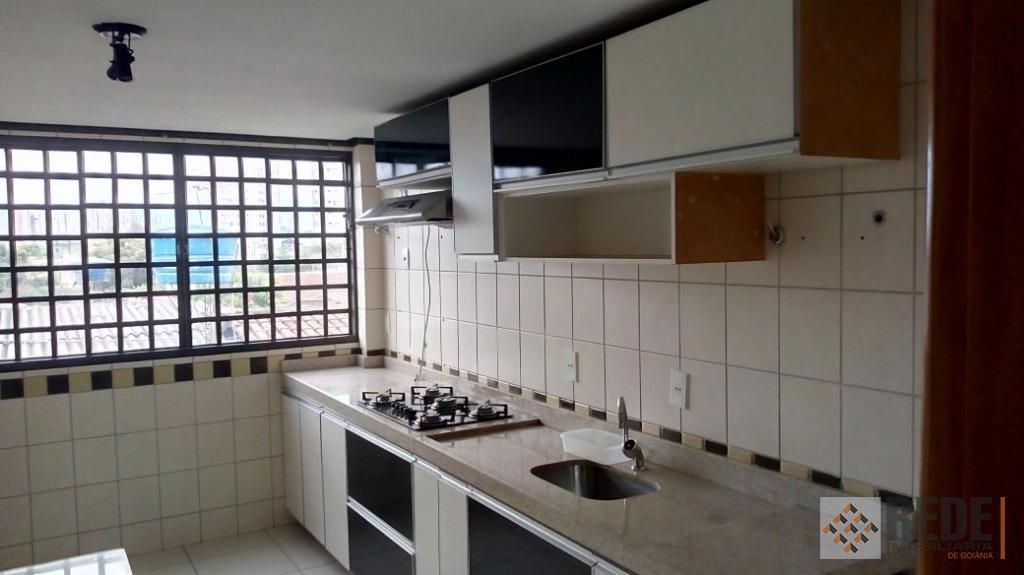 apartamento duplex com 3 suítes sendo 1 máster.piso inferior: sala, lavabo, cozinha com armários e 2...