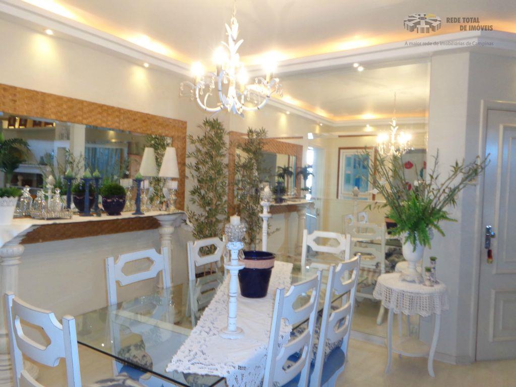 Apartamento em local tranquilo, Cambuí, 3 vagas!!!!!!