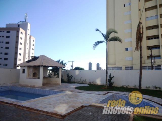Apartamento residencial à venda, São Benedito, Uberaba - AP0718.