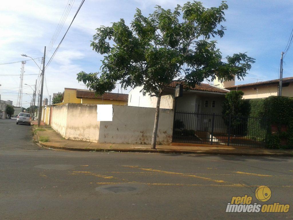 Casa residencial à venda, Mercês, Uberaba.
