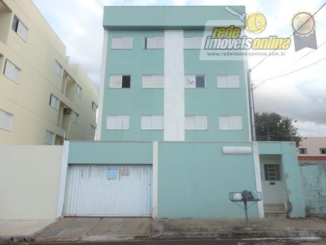 Apartamento residencial para locação, Universitário, Uberaba - AP1323.