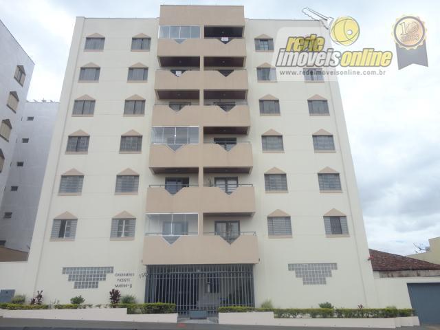 Apartamento residencial para locação, São Benedito, Uberaba - AP1040.