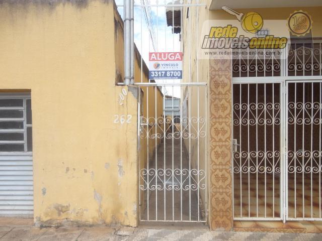 Casa residencial para locação, São Benedito, Uberaba - CA1019.