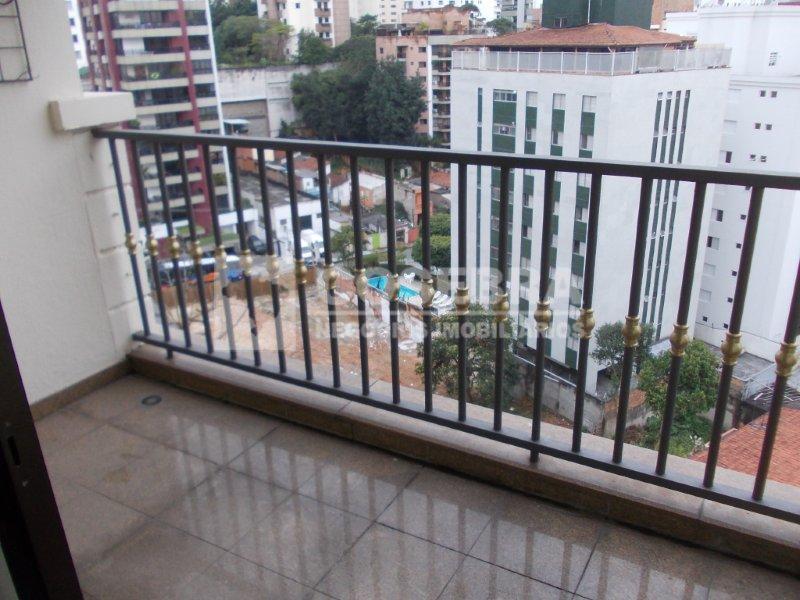 prédio de esquina com recuo , jardins , gerador , play , quadra poliespoesportiva , salão...