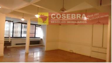 Conjunto comercial à venda, Itaim Bibi, São Paulo.