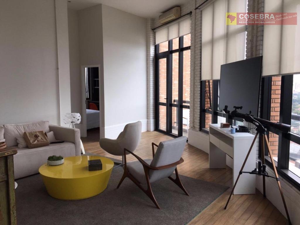 Apartamento com 02 dormitórios, no Itaim Bibi - São Paulo.