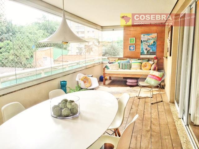 Apartamento mobiliado e decorado  pela Arquiteta Fernanda Marques
