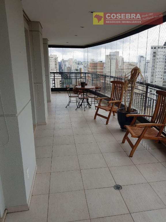 Apartamento á venda, 05 dormitórios, Moema, São Paulo.