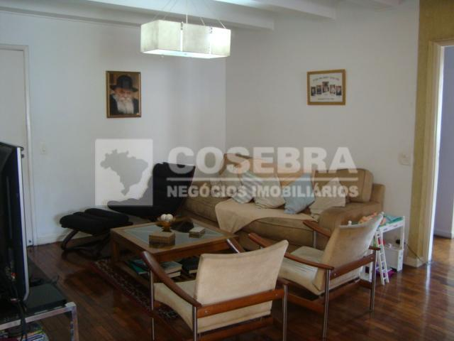 Apartamento á Venda, 03 dormitórios no Itaim Bibi - São Paulo.