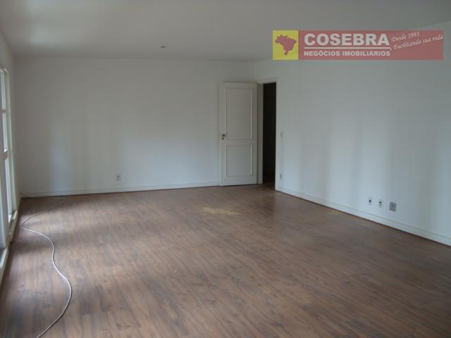 Apartamento, 04 dormitório, 01 suíte no Itaim Bibi, São Paulo.