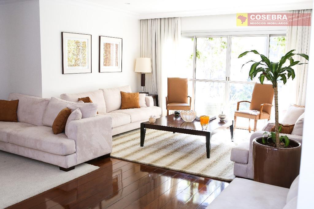Apartamento 04 dormitórios, 01 suíte, 02 vagas no Itaim Bibi, São Paulo.