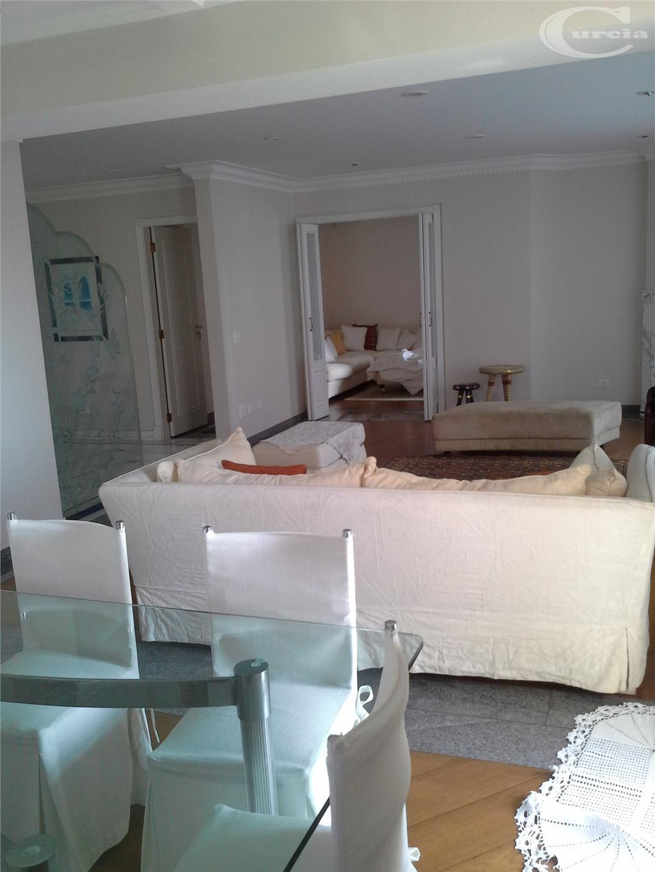 Apartamento residencial à venda, Vila Nova Conceição, São Paulo - AP1620.