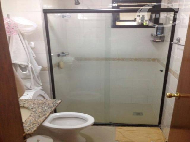 apartamento com excelente localização, 500 m² do metrô saúde cozinha com armário, sala ampla com sacada!...