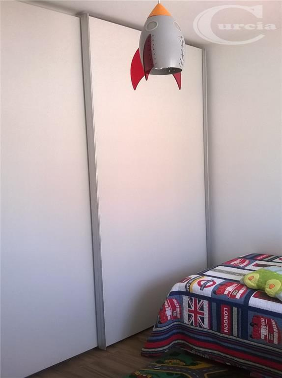 apto impecável: 03 dormts, sendo 01 suíte, armários embutidos, sala 02 ambientes, wc social, sacada, cozinha...