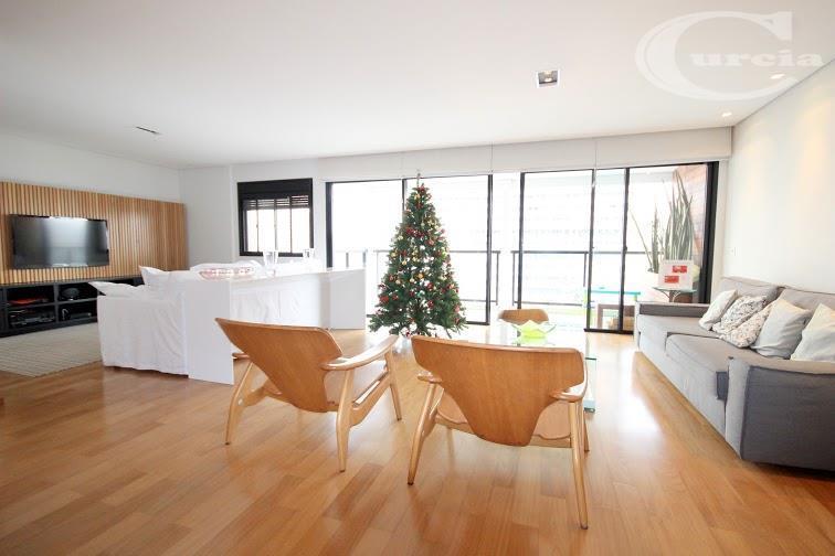 Apartamento residencial à venda, Vila Nova Conceição, São Paulo - AP2258.