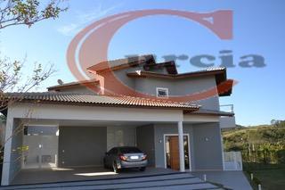 linda casa em condomínio fechado em itatiba , quatro suítes, sendo três com varanda e uma...