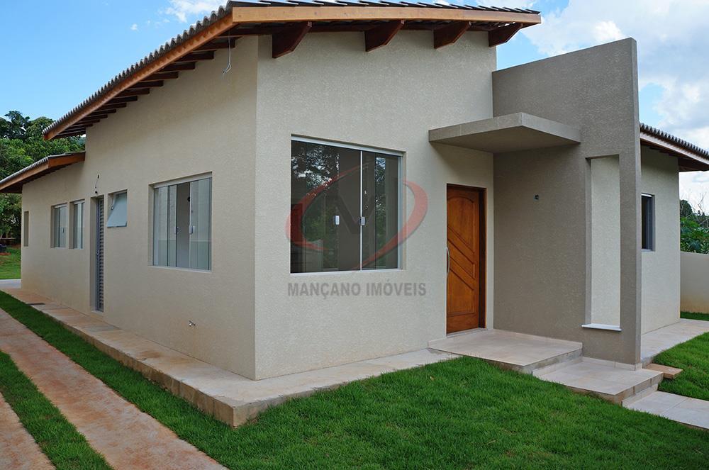Ótima casa térrea com amplo quintal em bairro tranquilo  Ref. cs-788