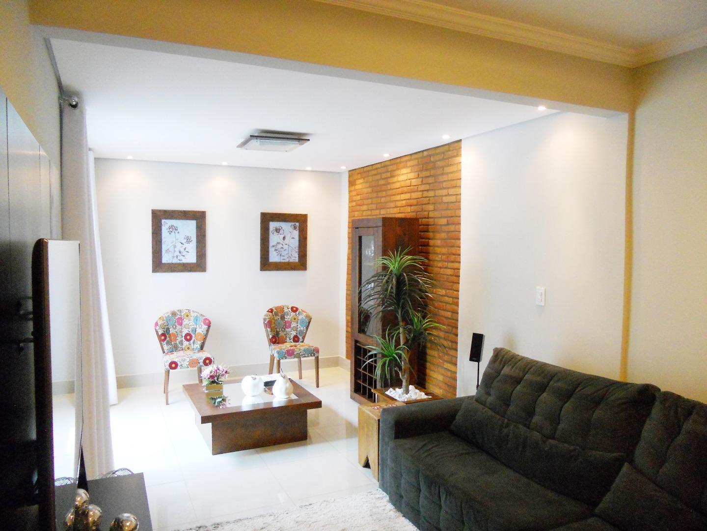 Apartamento à venda, Araxá.
