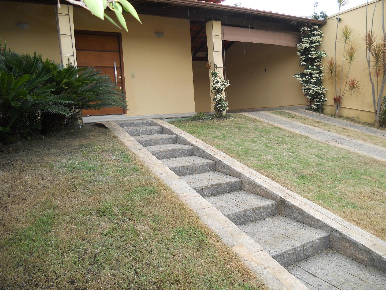 Casa com piscina à venda, Santo Antônio, Araxá.