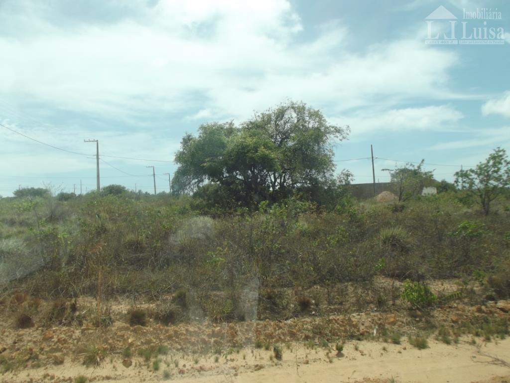 terreno na praia de carapibus, medindo 200 mt, 10x20, local em crescimento, ruas abertas, marque uma...