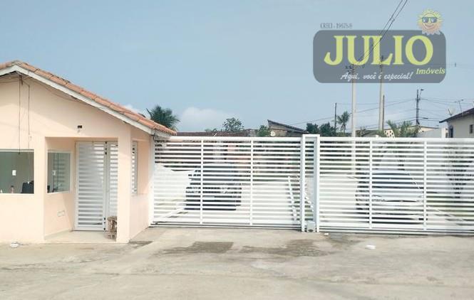 Residencial em Itanhaém com 2 dormitórios por 129 mil