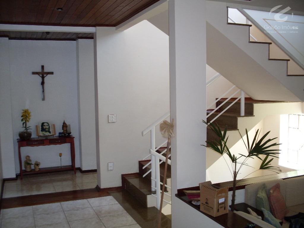 Sobrado Residencial à venda, Pinheirinho, Itajubá - SO0012.