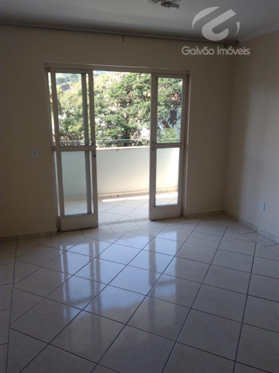 Apartamento com 2 dormitórios para alugar por R$ 1.000/mês - São Vicente - Itajubá/MG