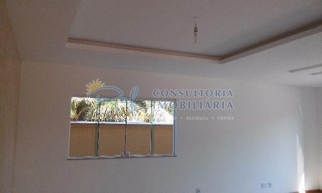 oportunidade !!!excelente casa de luxo em condomínio, com 3 quartos sendo 2 suítes, closet. aquecedor solar...