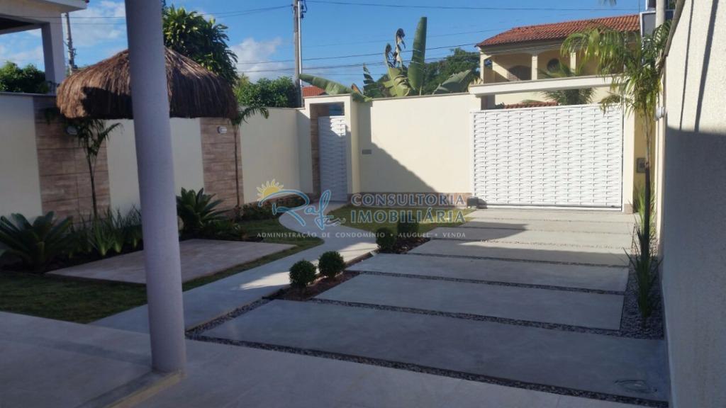 esta bela residencia fica uma localização nobre, com rua asfaltada, água encanada, próximo de tudo (farmácias,...