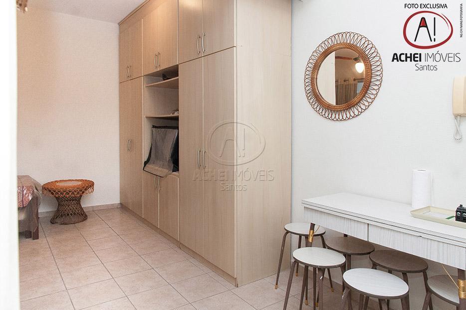 Kitnet residencial à venda, reformado, excelente localização, Embaré, Santos.