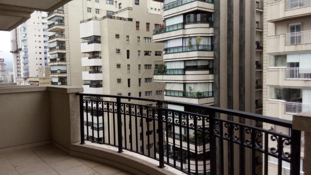 Apartamento com 3 dormitórios à venda, 160 m² por R$ 1.590.000