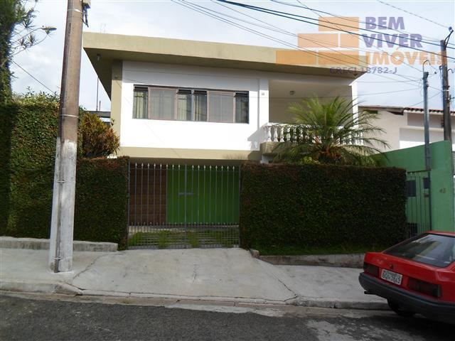 Lindo Sobrado com 3 dormitórios  e 3 vagas  cobertas no Jardim Sandra Maria