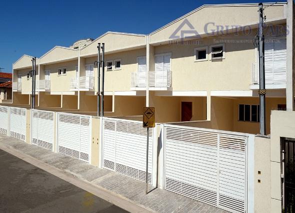 excelente oportunidade em artur alvim.ótimos sobrados frontais sendo 3 dormitórios sendo 2 suítes, sala para 2...