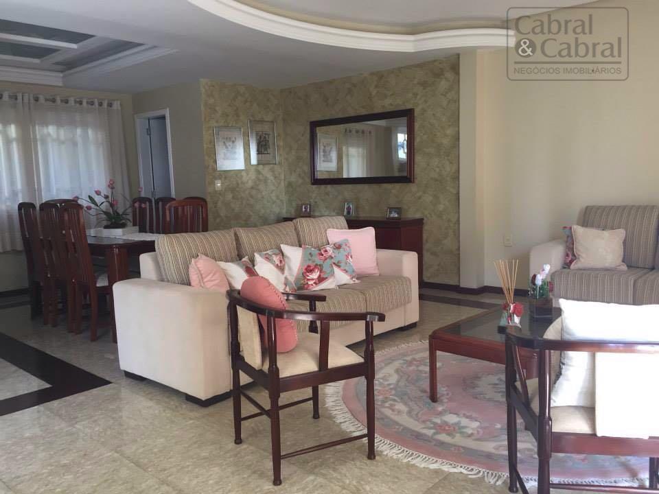 casa alto padrão de acabamento, mobiliada, com 03 suítes, sendo uma master, mais 01 dormitório, lavabo,...