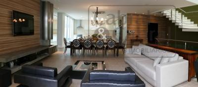 casa alto padrão em condomínio fechado, totalmente mobiliada, com 04 suítes, sendo 03 suítes máster (uma...