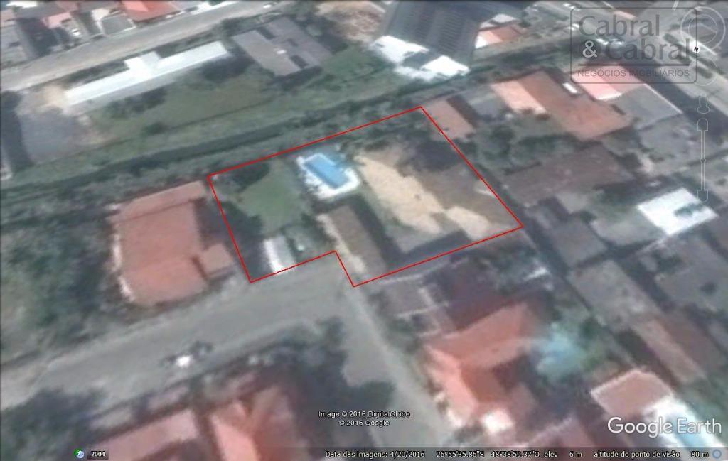 terreno com 1.400,00 m², em excelente localização, no bairro fazenda, em itajaí, ideal para construção de...