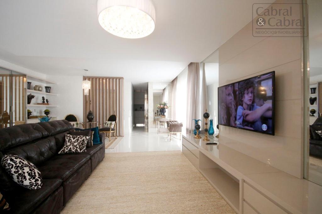apartamento frente mar mobiliado, decorado e equipado na barra sul com 4 suítes e 4 vagas...