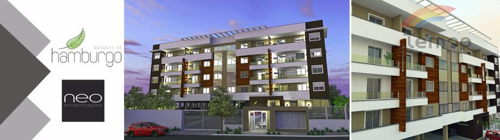 apartamento em fase de construção, bem localizado, próximo ao comercio em geral.