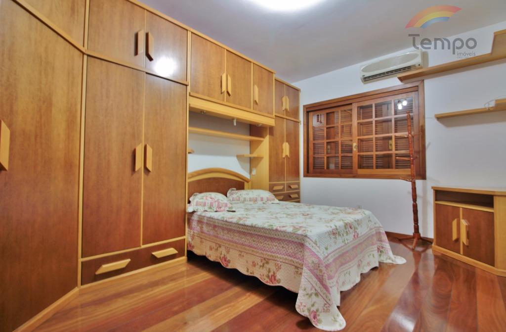 casa en ótima localização, parte alta da rondônia, ambientes espaçosos, 292m², amplo pátio e vista espetacular....