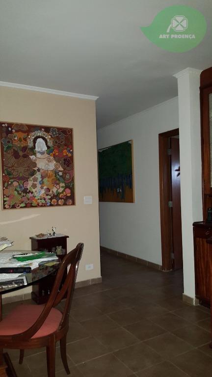 Total Imóveis - Casa 3 Dorm, Vila Angélica