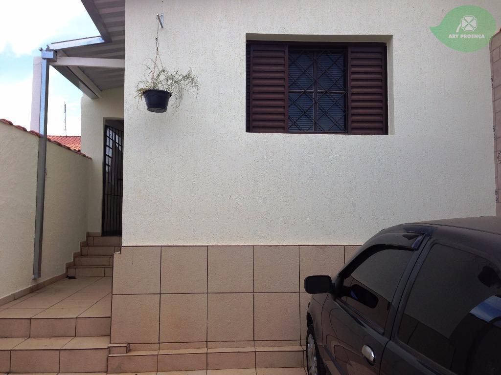 Total Imóveis - Casa 2 Dorm, Jardim Zulmira