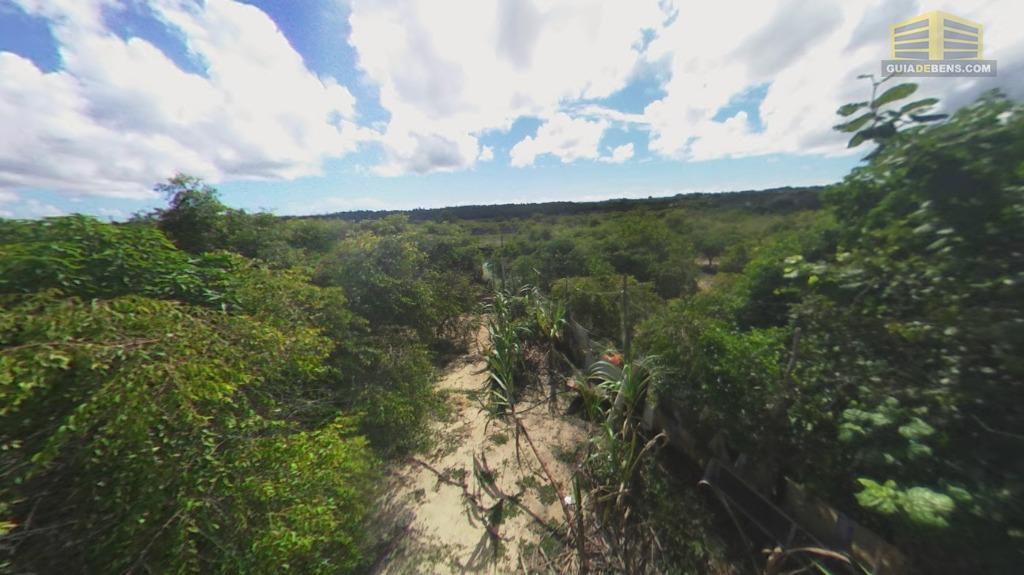terreno de 4000 m² no lago azul todo plano muitas fruteiras, já com poço, murado, luz,...