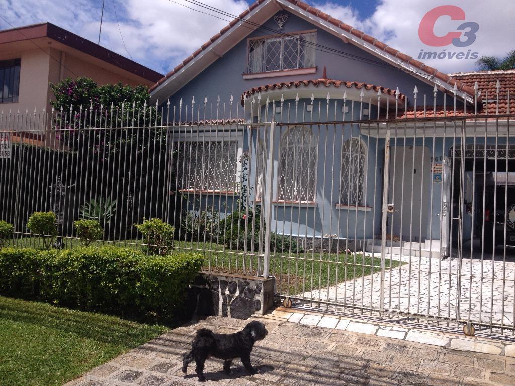 Casa / Sobrado à Venda - Curitiba