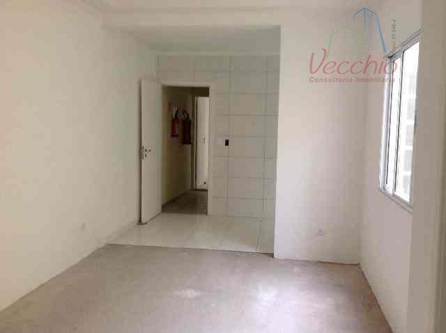 02 dormitórios, suite, wc, sala, cozinha, área de serviço, 02 vagas de garagem. pronto para morar....