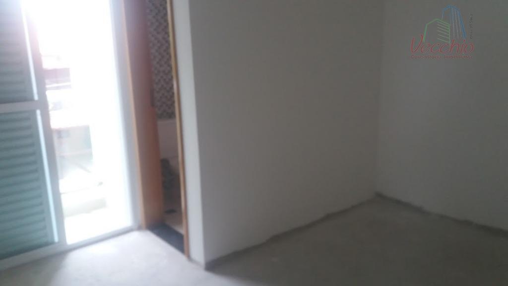 03 dormitórios, suite, sala, cozinha, lavabo, área de serviço, 02 vagas de garagem. ótima localização.aceita negociação...