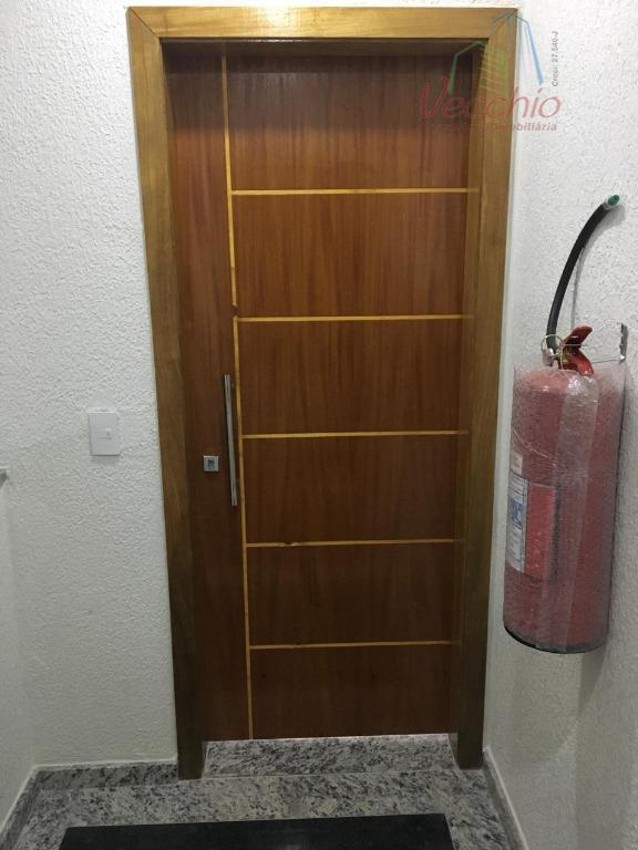 03 dormitórios, suite, sala, sacada, sala, cozinha, área de serviço, churrasqueira e 02 vagas de garagem.