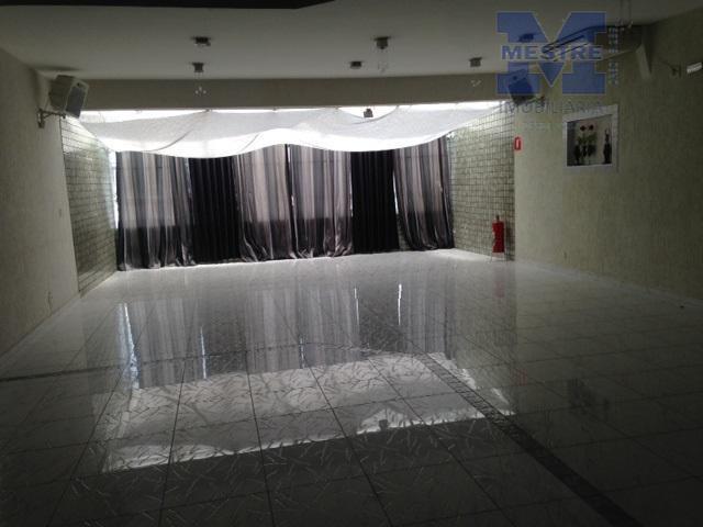 ótima oportunidade! excelente localização. prédio comercial, com 604 m² de área útil. possui 07 banheiros, 02...