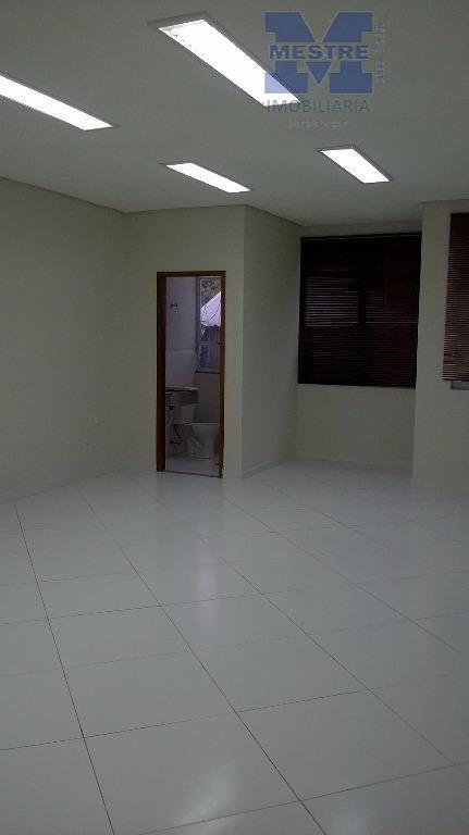 locação comercial ! conjunto de salas comerciais, tudo novo!fino achamento. 150 m² de área construída, 04...