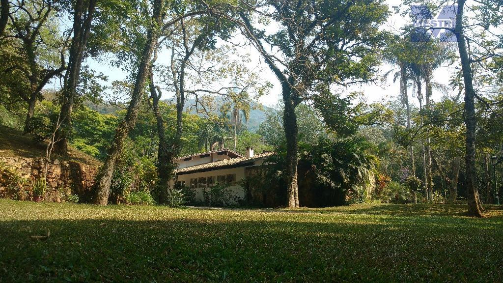 chácara centenária com 30.000 m².alto padrão, localizada na estrada turística do pico do jaraguá. segurança e...